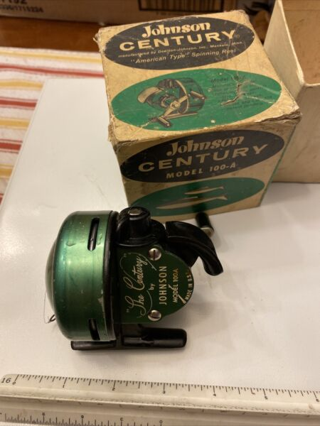 Vintage Johnson quot;The Centuryquot; Model 100A Fishing Reel