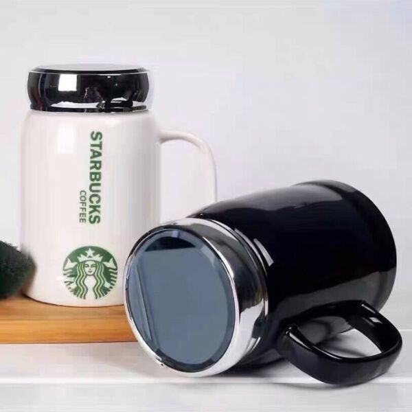 2021 New Starbucks Mugs Classic black Or white Coffee Cup With Lid 500ML Gifts