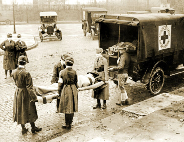 1918 Red Cross Motor Corps During Spanish Influenza Old Photo 8.5quot; x 11quot; Reprint $12.73