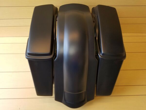 4quot;STRETCHED SADDLEBAGS NO CUT OUTSLIDS AND REAR FENDER FOR HARLEY DAVIDSON $420.00