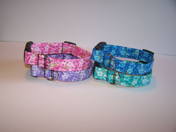 Wet Nose Designs Colorful Blossom Dog Collar Tiny Flowers Floral Spring Summer $6.99