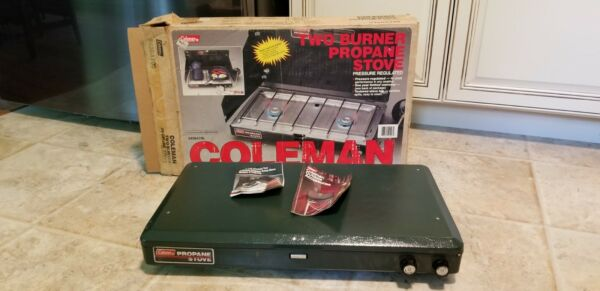 VINTAGE COLEMAN 2 BURNER PROPANE COOK STOVE MODEL5430A700 WITH BOX amp; PAMPHLETS E $59.99