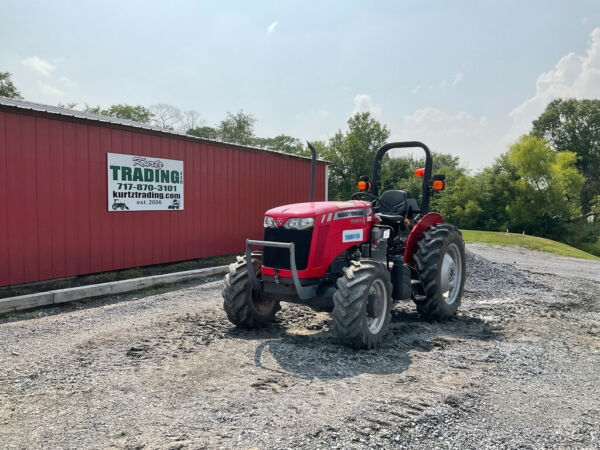 2017 Massey Ferguson 2604H 4x4 50hp Utility Tractor w 1 Remote Only 1000Hrs $17500.00