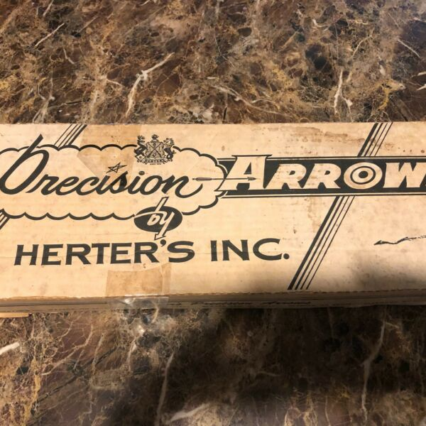 Vintage Wood Archery Arrows w special Tips in box Used