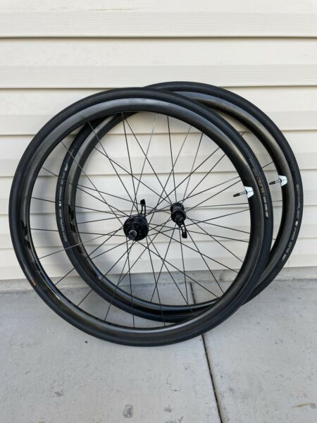 Giant SLR 0 Wheelset Carbon Clincher Tubeless 10 11s Shimano. Weight 1450 grams. $1140.00