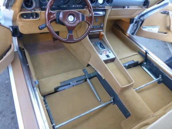 MERCEDES BENZ CARPET KIT 350SL,450SL,280SL 380SL,500SL,300SL,420SL,560SL 1971-89