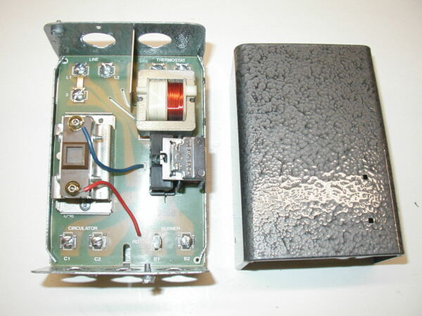 Honeywell L8148A quot;Cold Startquot; Oil Burner Boiler Control ONE YEAR WARRANTY $132.00
