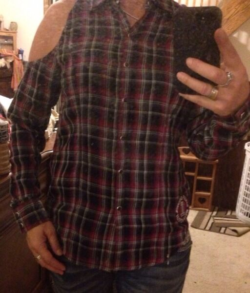 NWT HARLEY DAVIDSON Willie G Plaid Snap Shirt Off Shouler Medium Sexy