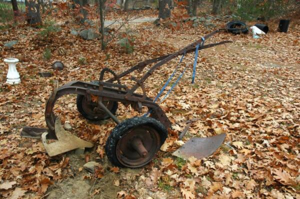 Vintage Antique Case Farm Field Plow - Parts or Restoration