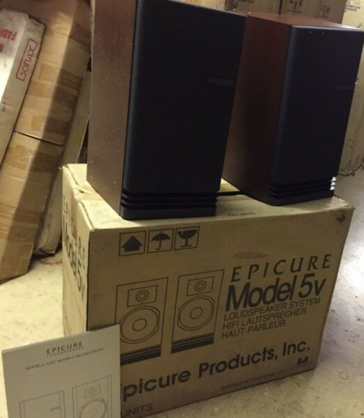 Pair of Vintage Epicure Model 5v 5 Book Shelf Speakers Rare Sealed in Box!