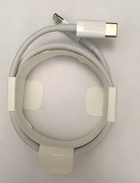 GENUINE Apple USB-C to Lightning Cable iPhone iPads Macbook MK0X2AM/A Original
