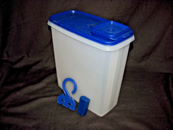 Tupperware Bold 'N Blue Super Cereal Storer plus Hang-It-All & Toothbrush Holder