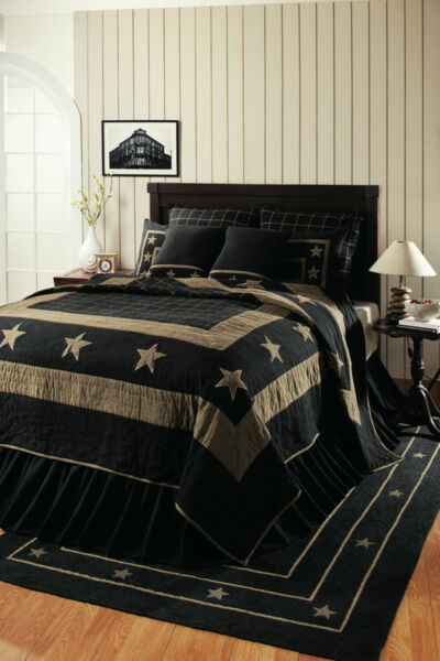 BURLAP STAR BLACK QUEEN PATCHWORK QUILT. COUNTRY QUILT. BLACK AND TAN
