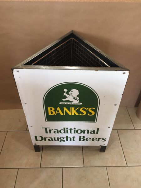 Vintage Porcelain Banks's Trash Can Traditional Draught Beers Sign RARE