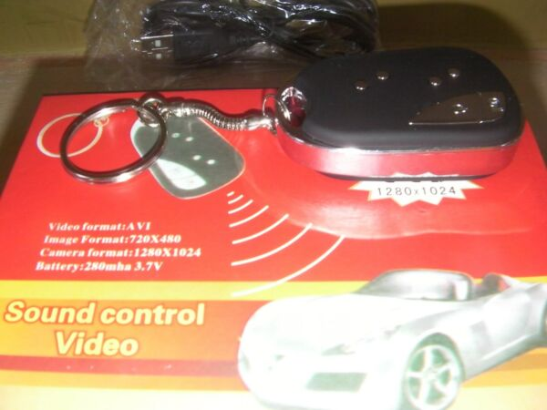 miniature camera keychain with sound-new condition