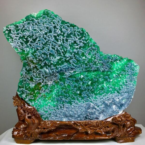 69.4kg!! Museum Quality-Rare Natural Huge Jade Green Octahedral Fluorite Cluster