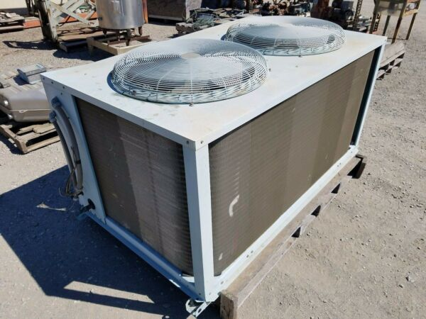 Carrier Split System Model 38AE 012 600 $1000.00