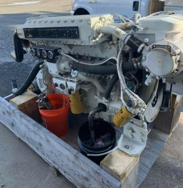 Caterpillar CAT 3196 Marine Diesel Engine with Twin Disc 5114 1.75 Transmission