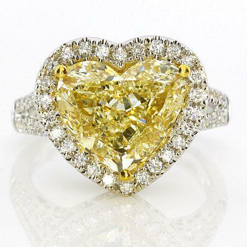 60% OFF!$334022 GIA CERTIFIED RARE 18KT NATURAL YELLOW HEART WHITE DIAMOND RING