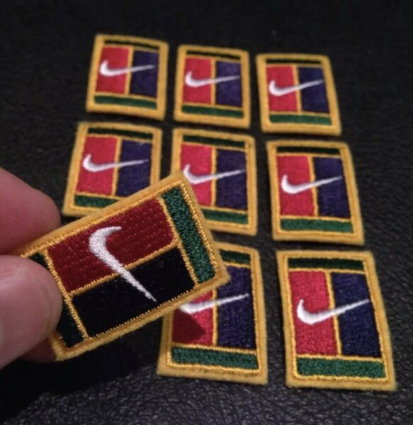 1 x Nike Square Active Sports Running Basketball Yoga IRON-ON Embroidery Patch !