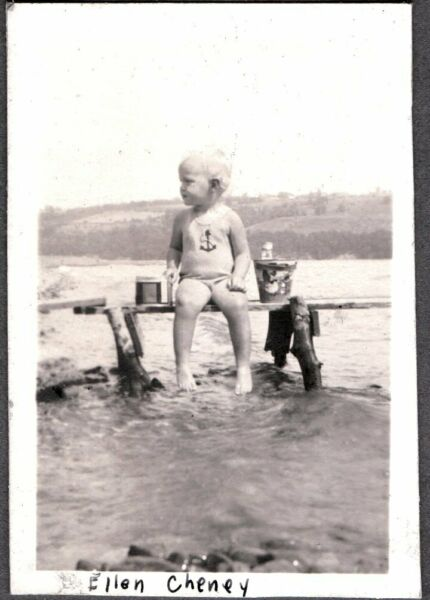 VINTAGE PHOTOGRAPH 1930 LITTLE BOYS SWIMMING FASHION GOOSE SAND PAIL OLD PHOTO