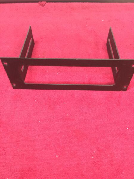 JOTTO DESK CONSOLE BRACKET FOR FEDERAL SIGNAL PA300 PART # 425 6076