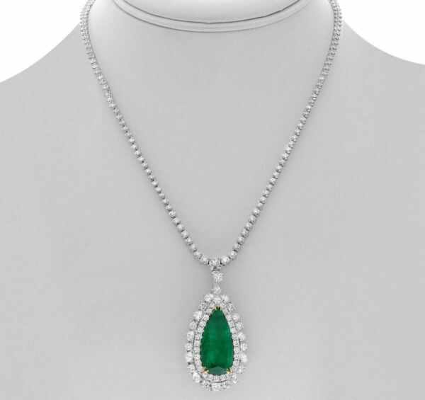 22.30CT DIAMOND & AAA EMERALD 18KT TWO TONE GOLD TEAR DROP HALO TENNIS NECKLACE