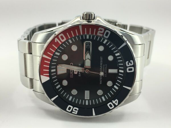 SEIKO 5 SNZF15K1 SPORTS STAINLESS STEEL AUTOMATIC BLUE DIAL MEN'S WATCH