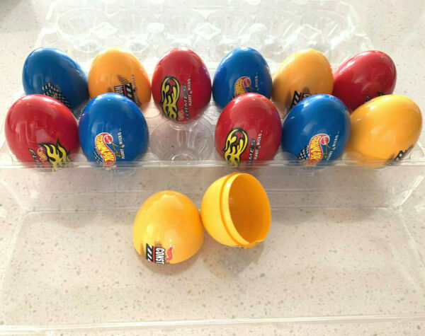 NEW 12 pc MULTICOLOR FILLABLE EASTER EGG HUNT PLASTIC EGGS CONTAINTERS WCASE