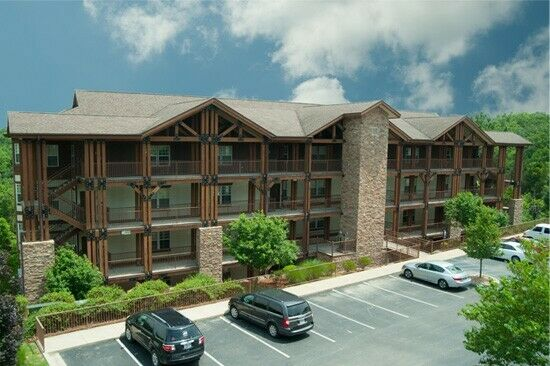 PALACE VIEW BY SPINNAKER 3 BDRM 3 BATH ANNUAL TIMESHARE FOR SALE