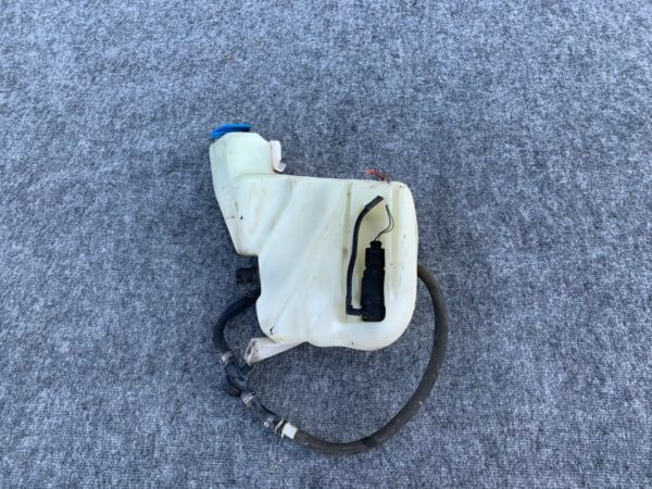 WINDSHIELD WASHER FLUID TANK ASSEMBLY OEM 2002 2003 2004 AUDI A6 RS6 C5