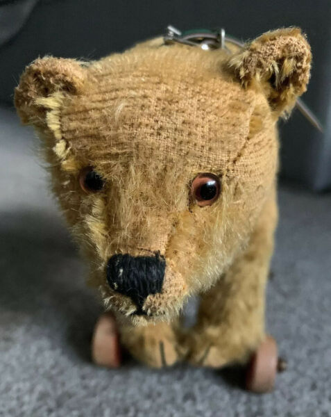 "Early 8"" Antique Steiff Teddy Bear Pull Toy Wooden Wheels Mohair Long f Button"