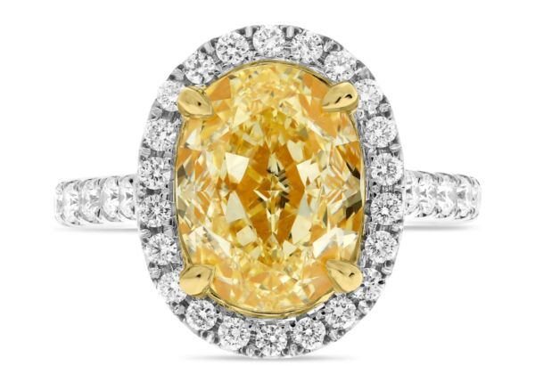 LARGE 5.68CT WHITE & FANCY YELLOW DIAMOND 18KT 2 TONE GOLD OVAL ENGAGEMENT RING