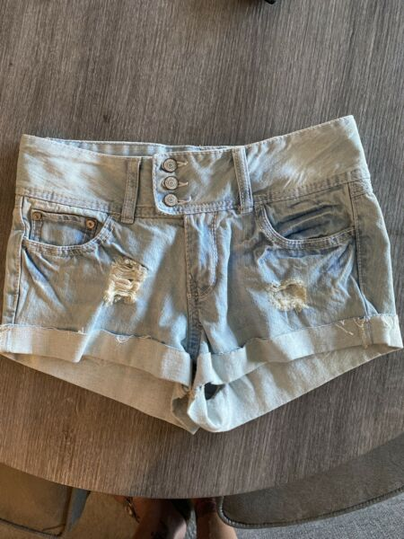 Rue 21 Light Blue Denim Shorts 56 Shorty Stretch Faded Triple Button Rolled Hem