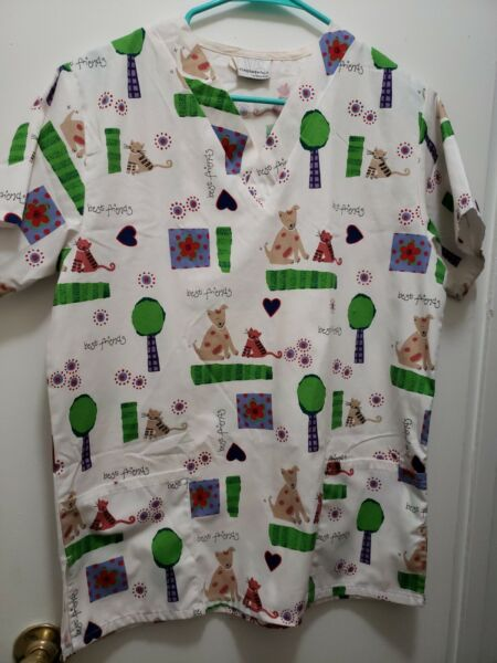 White Swan Best Friends Scrub Top Dogs Cats Dental Vet Nurse Preowned size S $12.00