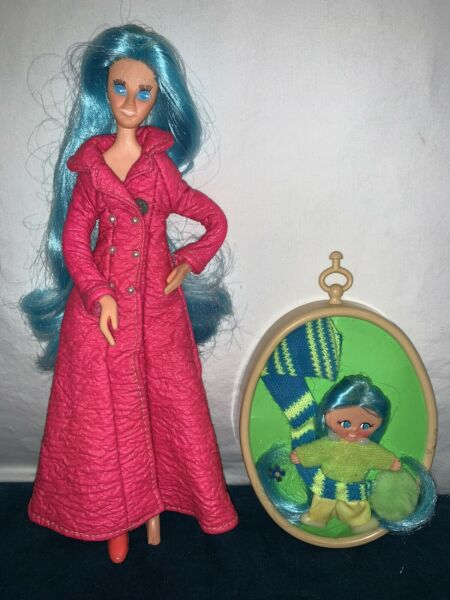 Ideal Fashion Flatsy Dale Doll BluIe Hair Vintage 1970s Pink Maxi Outfit Locket