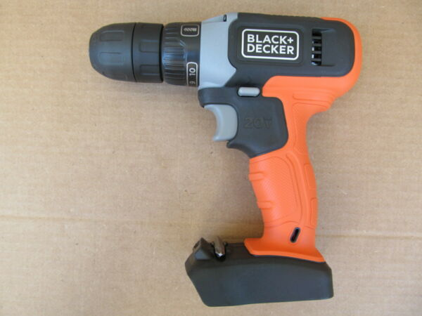 New Black Decker 20v 3 8quot; Cordless Drill Driver BCD702 Tool Only