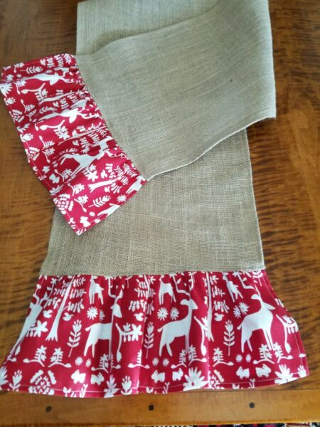 Natural Burlap Table Runner with Red amp; White Christmas Reindeer Ruffles