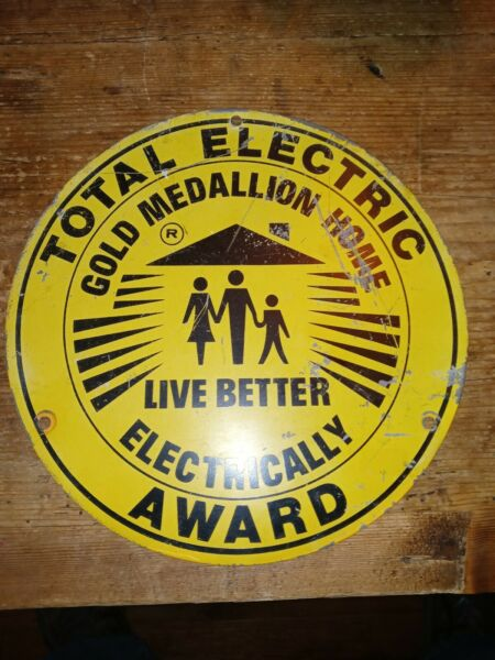 VINTAGE TOTAL ELECTRIC GOLD MEDALLION HOME AWARD ADVERTISING. 10 quot; sign $95.00
