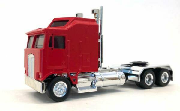 HO Scale Vehicles 035260 K100 1 BAR Grill X Long Chrome Chassis