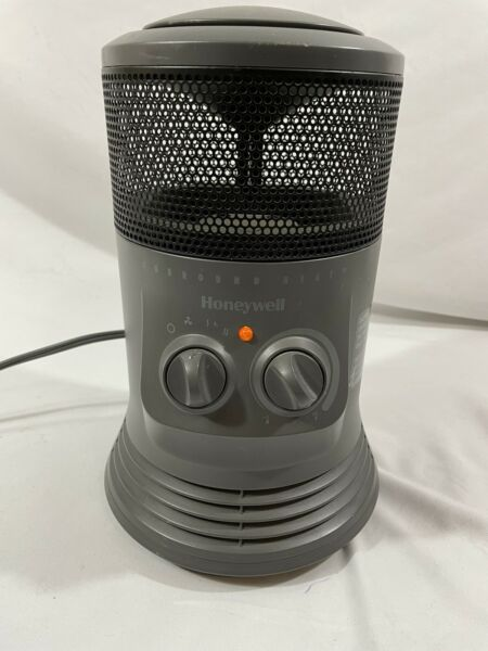 Honeywell Surround Heat Heater Model HZ 0360 WMT Black $29.99