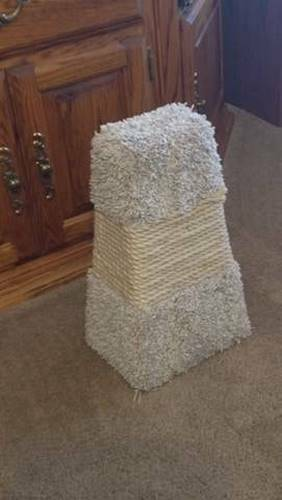 Cat Scratch Tower or Toy $8.00