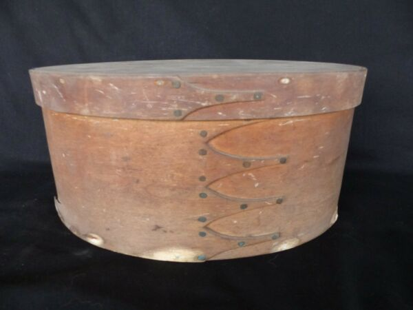antique primitive shaker bentwood oval pantry box 4 finger lap 19thc copper nail