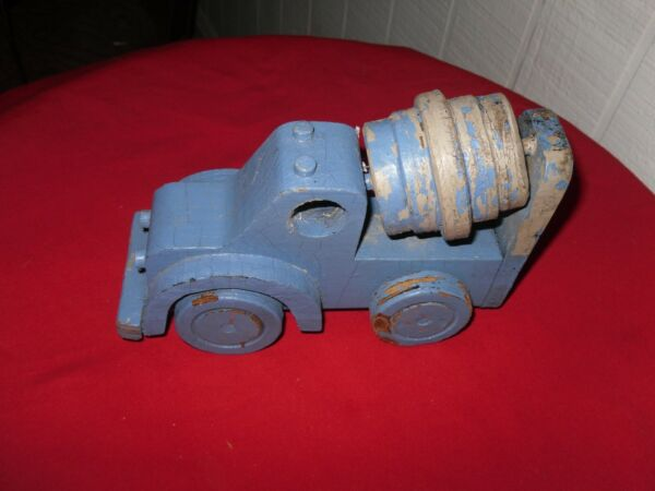 VINTAGE BLUE WOOD CEMENT TRUCK HAND MADE $9.00