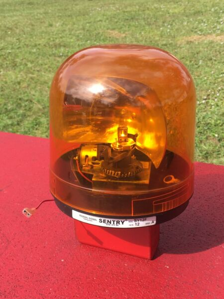 Federal Signal SENTRY SY12F AMBER Rotating Beacon Light TOW TRUCK TRACTORS