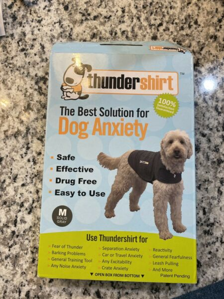 Thundershirt Dog MEDIUM 26 40 lbs Gray Solution Anxiety Thunder Fireworks Travel $13.21