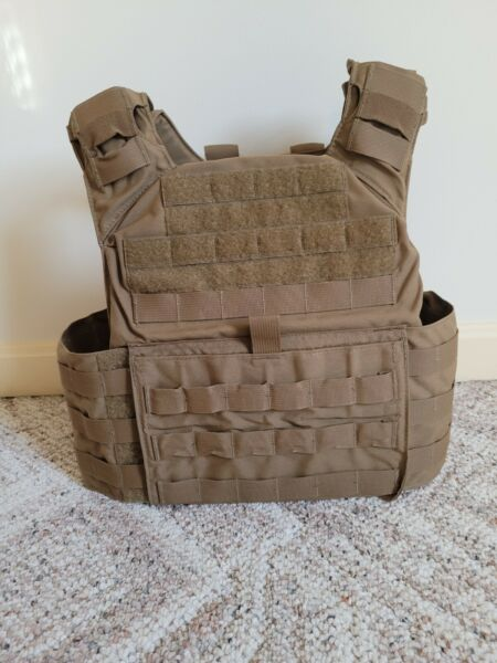 Shellback Tactical Banshee Plate Carrier Coyote $200.00