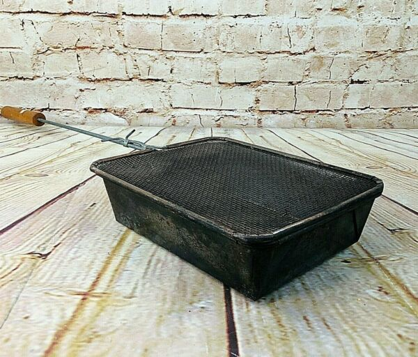 Vintage metal campfire popcorn maker outdoor camp fire cooking pan home decor