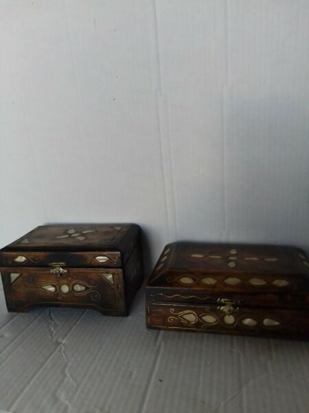 Vintage Wood Boxes Inlaid Mother Of Pearl amp; Brass Wire Velvet Lined Set of 2