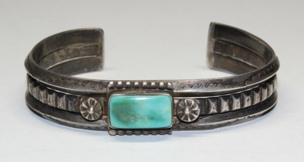 OLD PAWN HAND WROUGHT NATIVE AMERICAN SILVER BRACELET W TURQUOISE